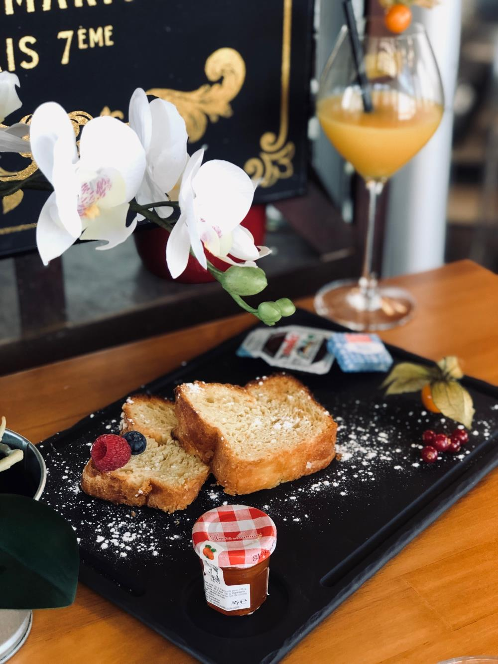 Les Matins du Vieux Marché de Vedène - formule petit déjeuner