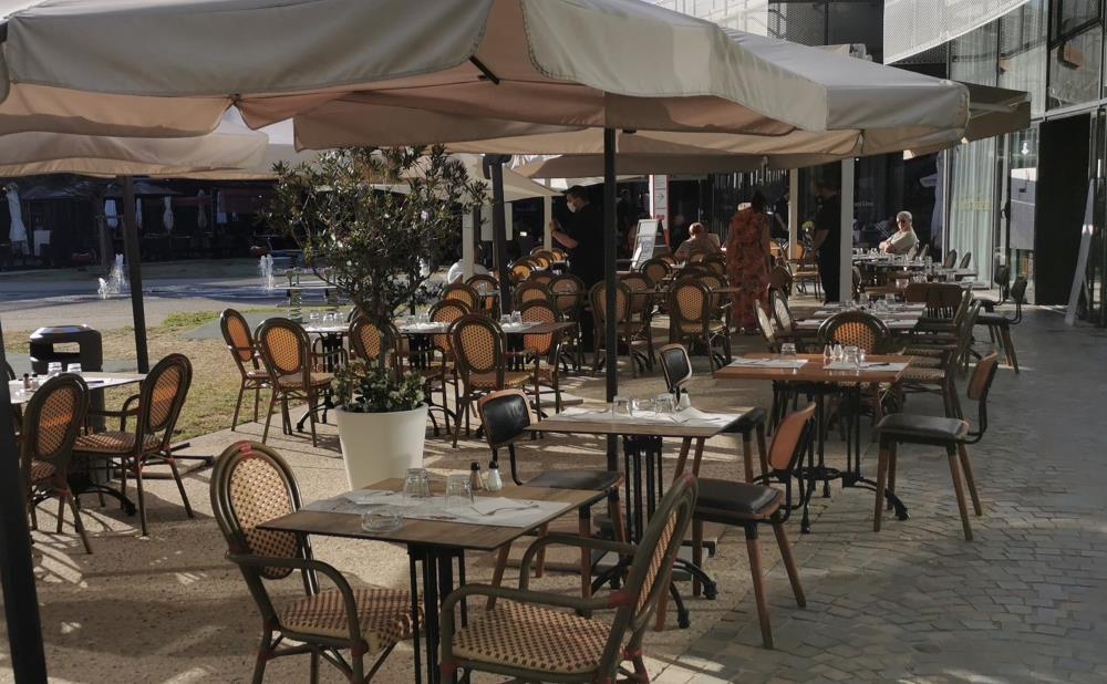 On va se régaler dans votre restaurant Le Vieux Marché avec les Vendredis animées de l'été à Buld'Air - Vedène